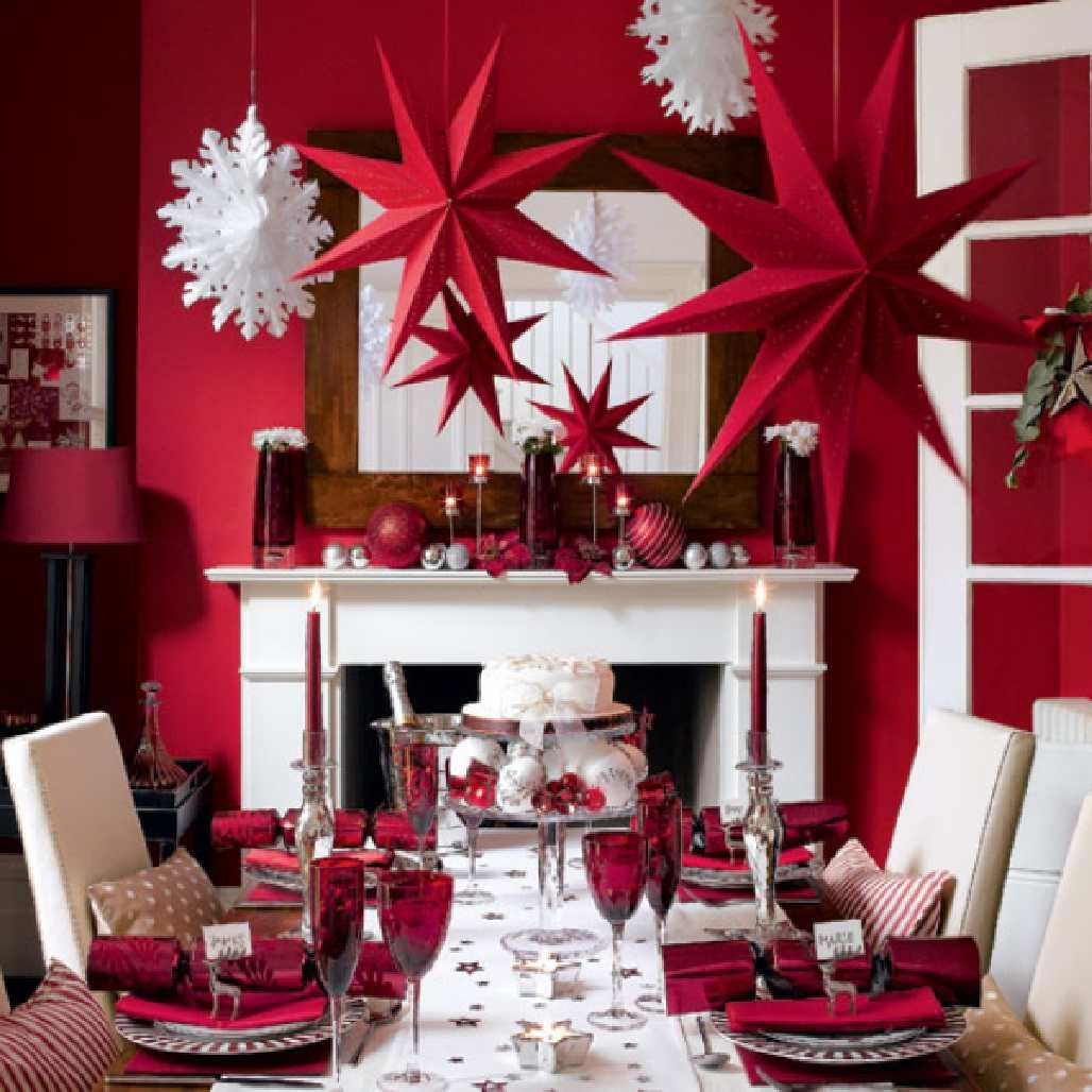 100+ Indoor Christmas Decorations That Are Treat For The Eyes