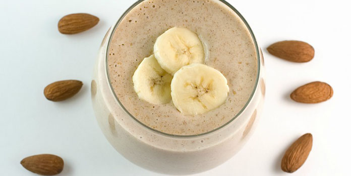 Banana-Almond Smoothie for weight lose