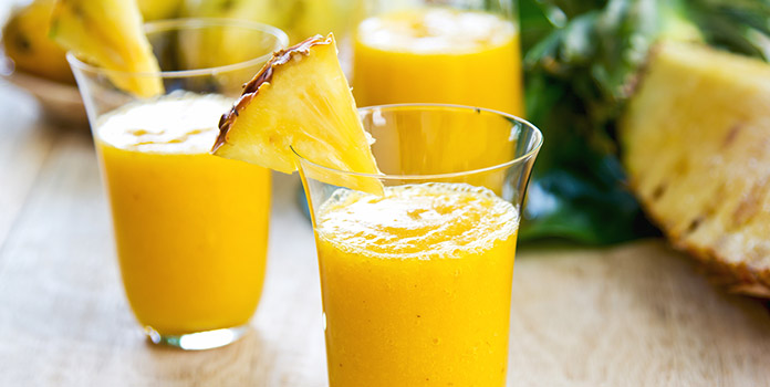 Mango-Pineapple Summer Smoothie for weight lose