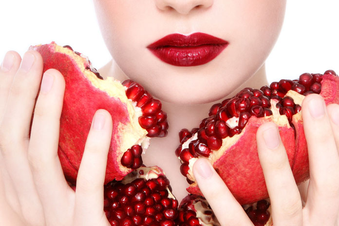 pomegranate-pomegranate-face-mask-for-glowing-skin