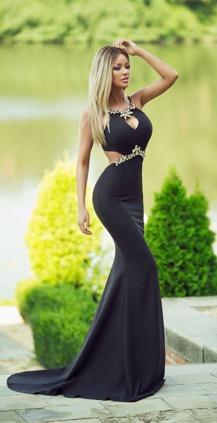 To 12 Black Prom Dresses You Should Steal Livinghours