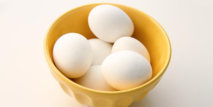 Easy Egg Masks for Dry Skin, Oily Skin & Normal Skin