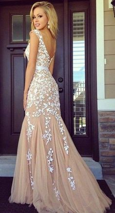 Fish Cut Beige & White Prom Dress