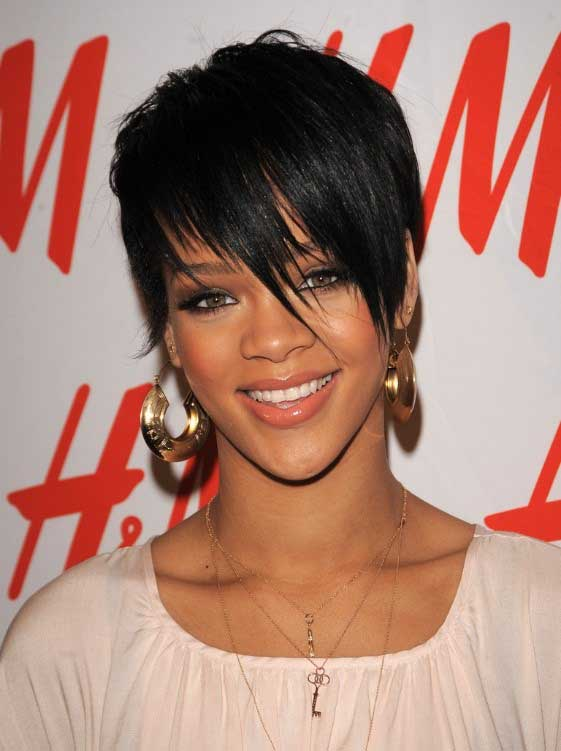 Rihanna's Short Bangs