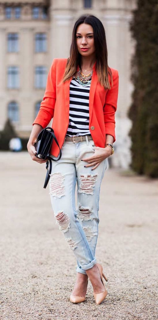 T-shirt with ripped Jeans and Jacket