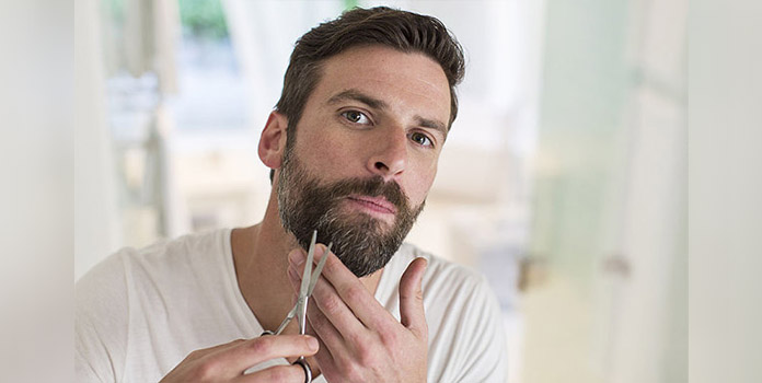 Excellent Top 10 Mens Beard Grooming Tips They Must Follow Livinghours Hairstyles For Men Maxibearus