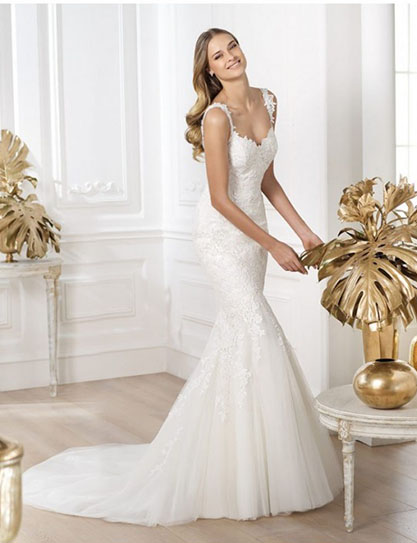 The quintessential Mermaid Bridal Dress