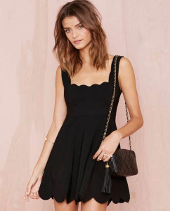 Trendy & Tempting Short Black Dress