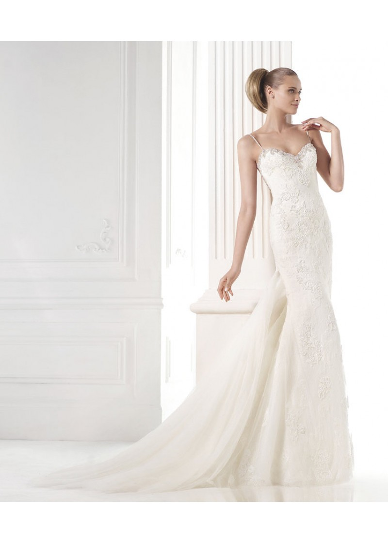 Tulle and lace mermaid dress