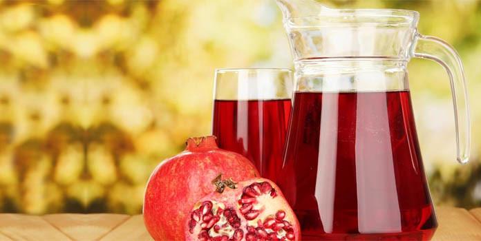 Prepare Tasty Juice of Pomegranates