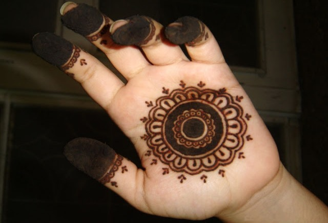 10 Inspiring Mehndi Designs for Kids