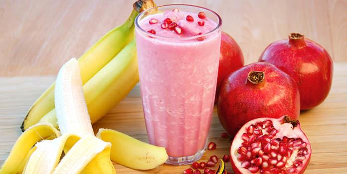 Banana Pomegranate Smoothie