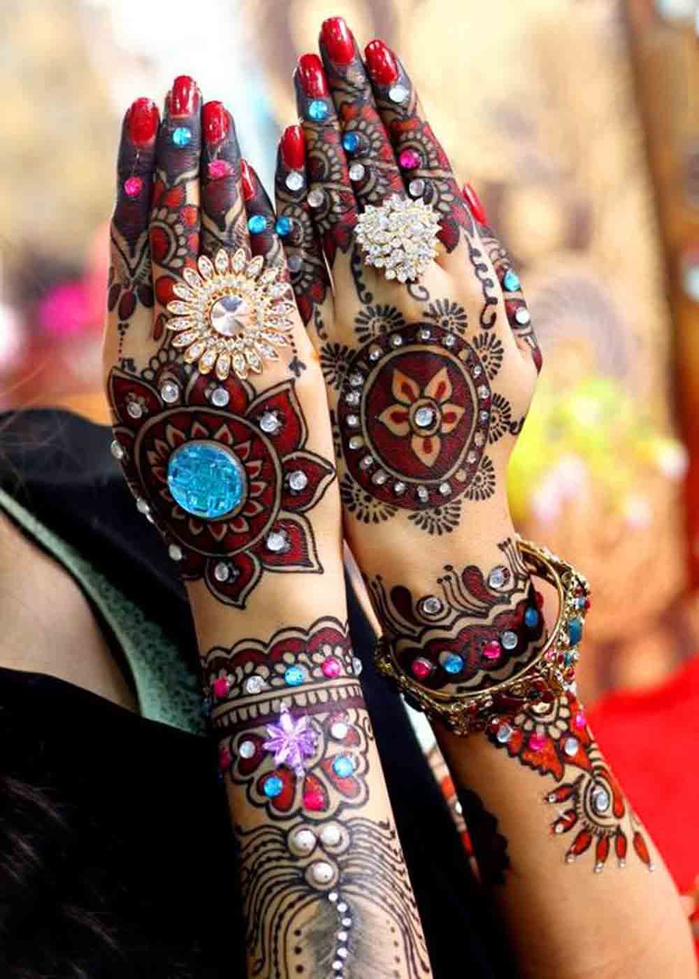 The best mehndi designs for hands livinghours - Color Design