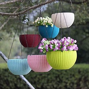 EaglesFord attractive and colourful hanging planters