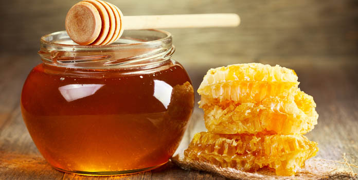 Easy Face Mask Using Honey