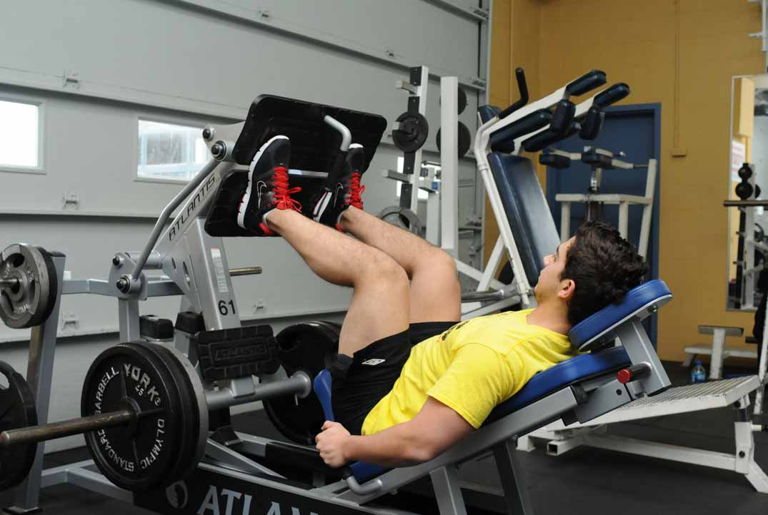 Inclined Leg Press Machine