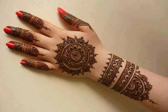 Mehndi Hand Image : The best mehndi designs for hands livinghours