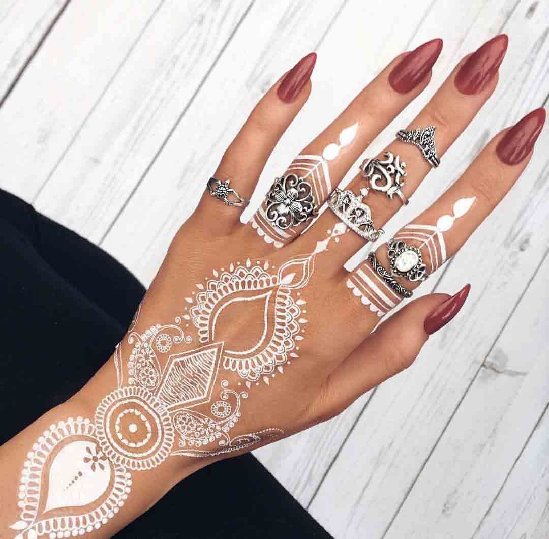 The best mehndi designs for hands livinghours - White Henna