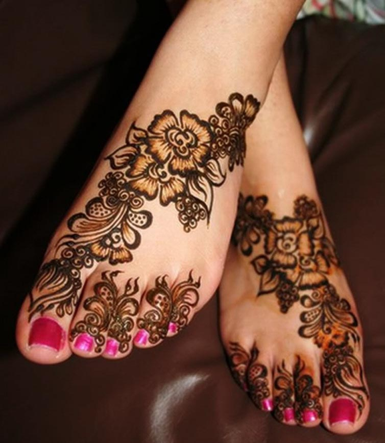 Elegant Henna Pattern with Shading Technique