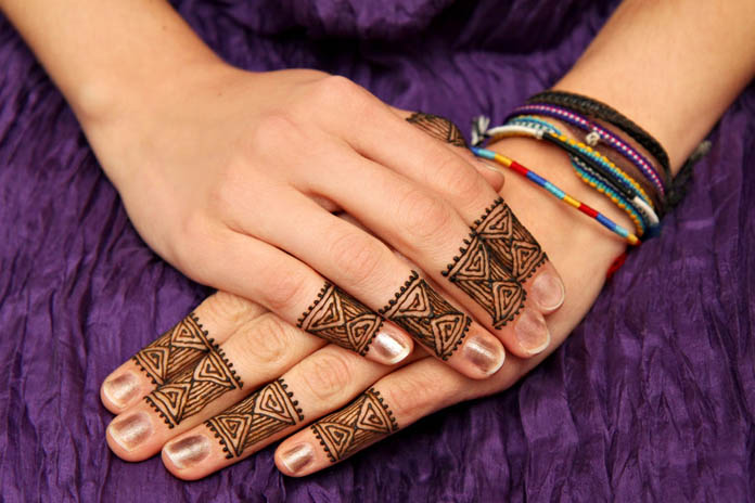 Leg Mehndi Designs Easy Only : Top mehndi designs for fingers livinghours