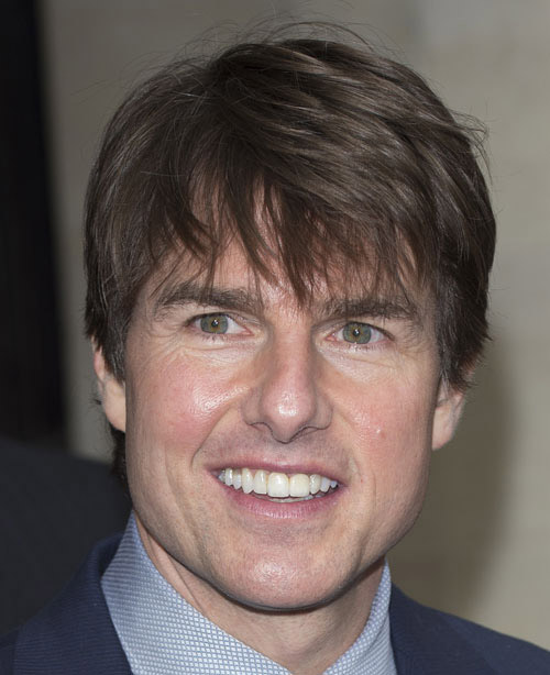 Top 10 tom cruise hairstyles to try out livinghours another very cool tom cruise hairstyle is his hair snipped short with long fringes out front the bangs are long enough to touch the eyes urmus