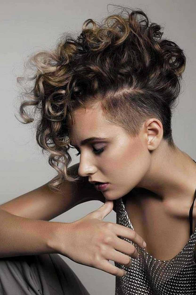 Curled Short Hair Styles 20 Short Curly Hairstyles That Are Always In Vogue  Livinghours
