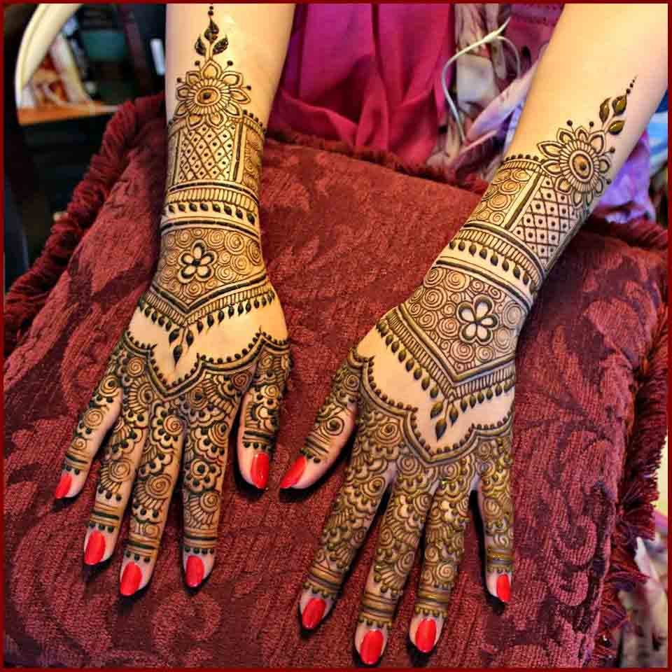 The best mehndi designs for hands livinghours - Taking Inspiration From Rajput Traditional Styles Is This Mehndi Design For Back Side Of Hand The Enchanting Design Has Beautiful Leaves In The Pattern
