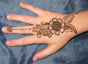 Easy Mehndi Designs Hands : 58 simple mehndi designs that are awesome & super easy to try now