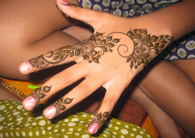 Top 15 Mehndi Designs For Fingers Livinghours