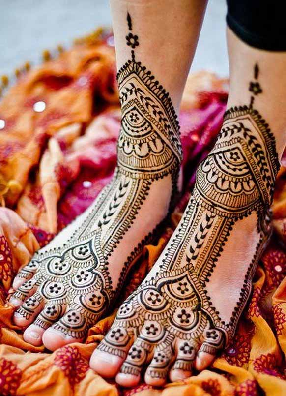 Unique Foot Mehndi Design