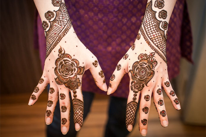 Mehndi Bridal Back Side : Gorgeous back hand mehndi designs to try livinghours
