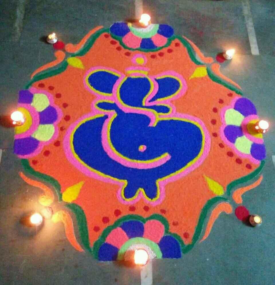 846e1c692 12 Gorgeous Ganesh Rangoli Designs | LivingHours