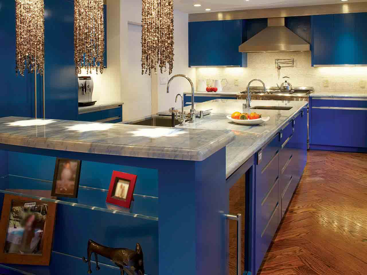 Shiny Blue Kitchen With Pendants