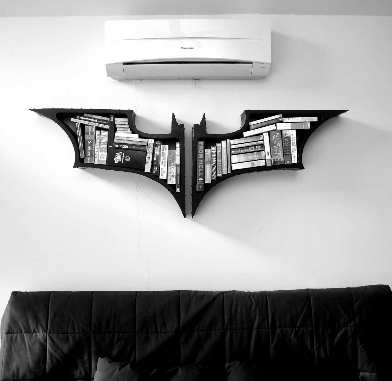 cool-batman-bookshelf