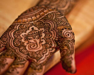 Cool Ganesh mehndi design