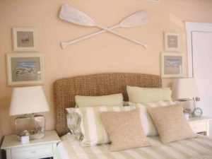 cool-coastal-beach-theme-bedroom