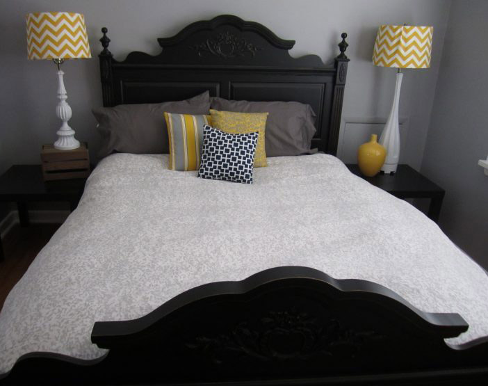 elementary-gray-bedroom-with-a-yellowsih-tinge