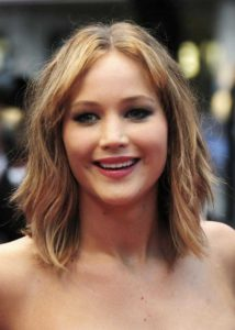 jennifer-lawlerence-shoulder-length-hair