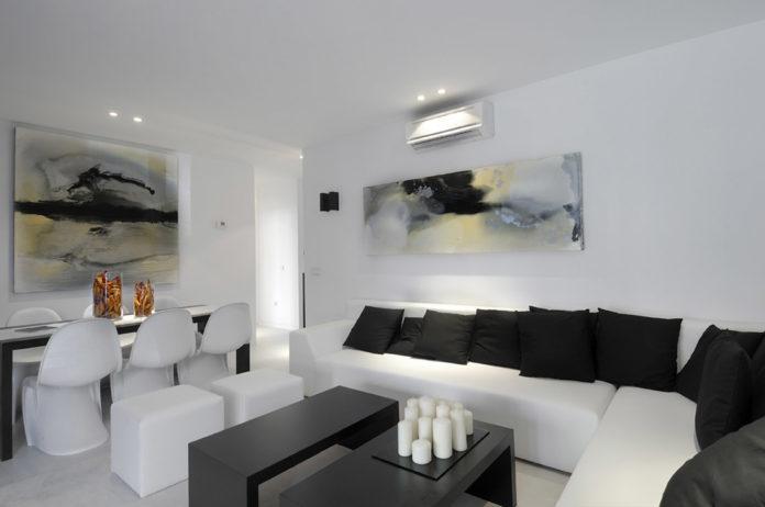 modern-black-and-white-living-room