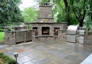 perfect-outdoor-kitchen-with-fireplace