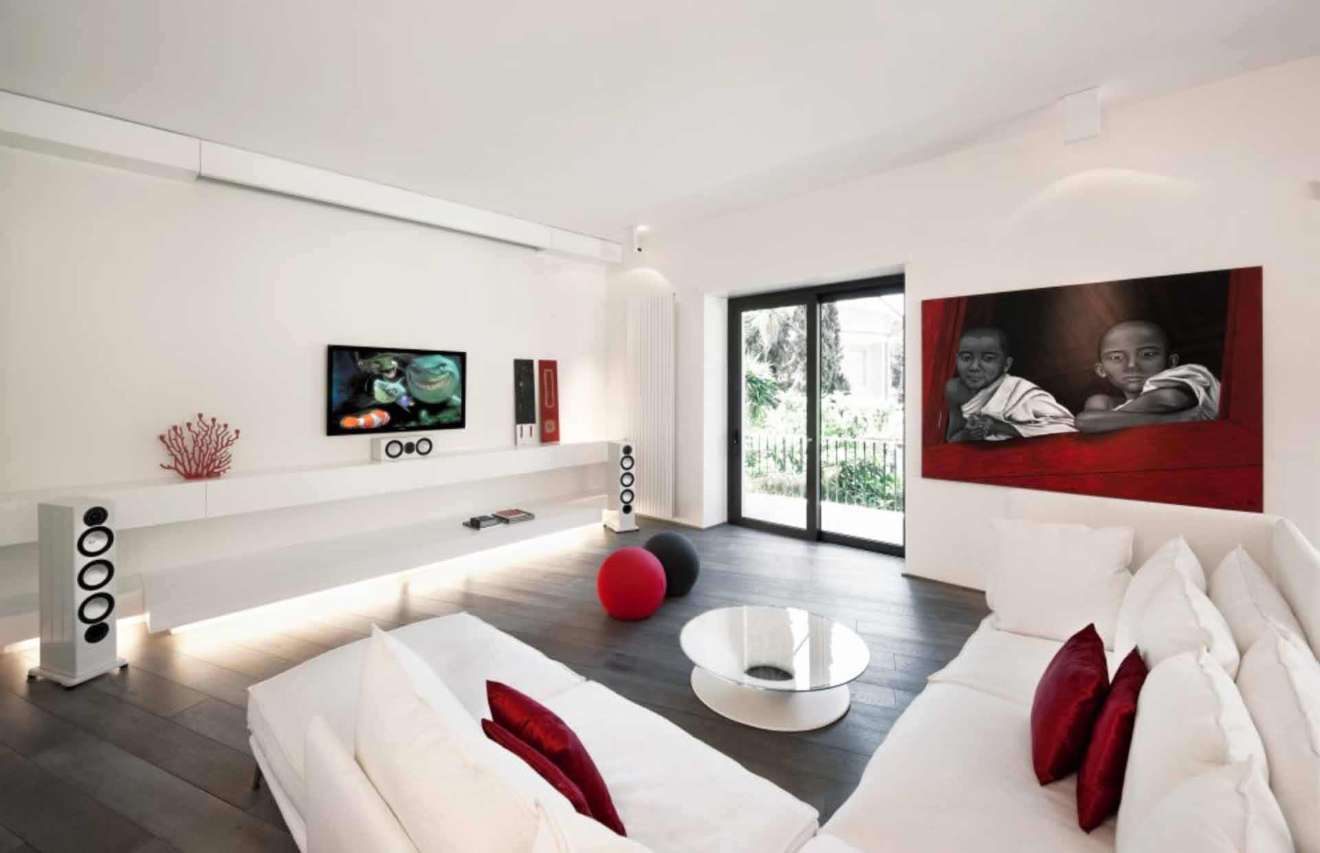 White Living Room Ideas Part - 22: Red And White Living Room