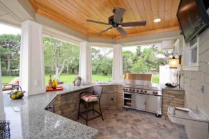 sunny-small-outdoor-kitchen