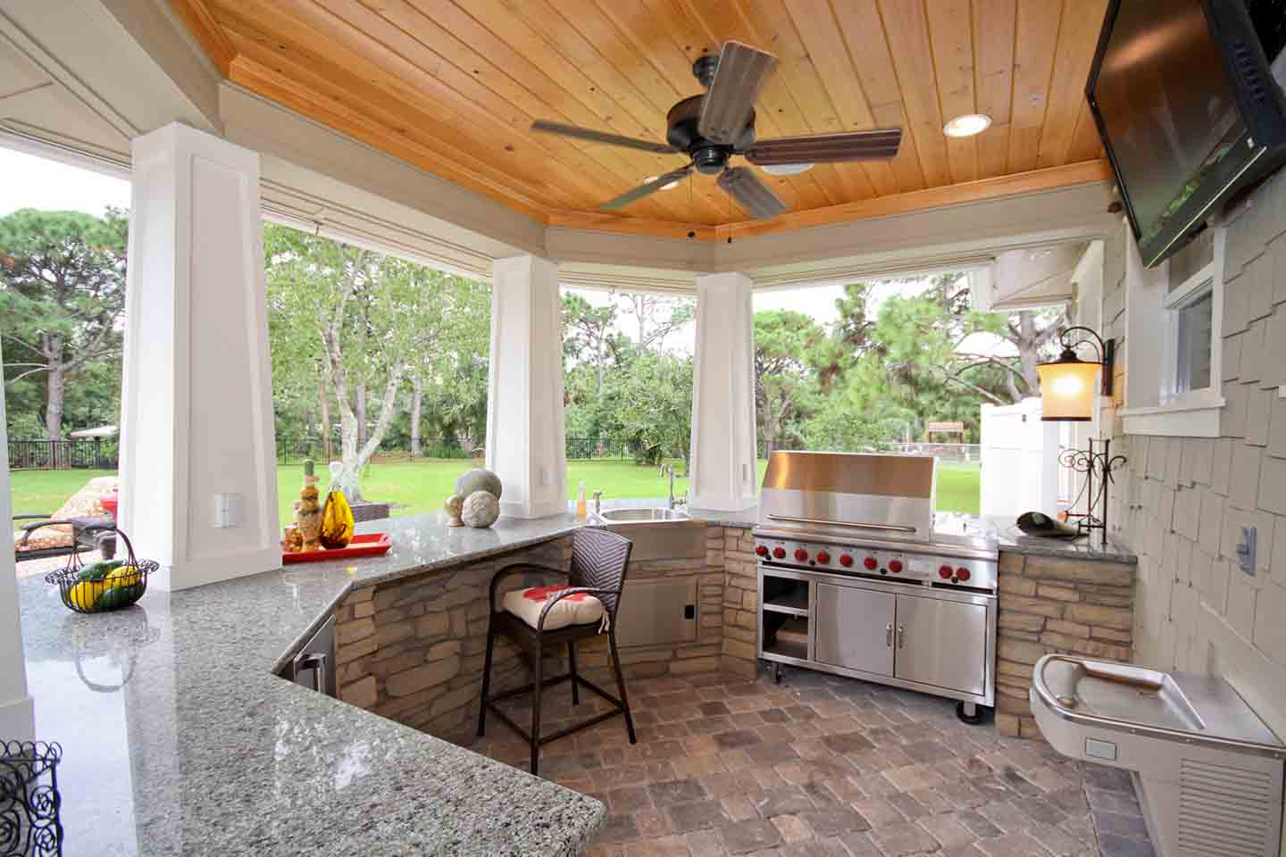 Outdoor Summer Kitchen Small Outdoor Kitchen Quality Outdoor Kitchen By Luxury