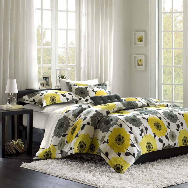 white-bedroom-with-grey-and-yellow-print