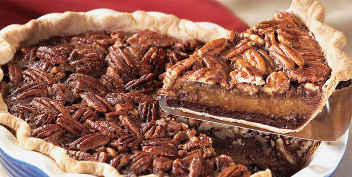 chocolate-pecan-pie thanks giving food
