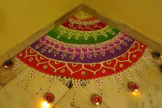 corner-rangoli-designs-for-diwali-02