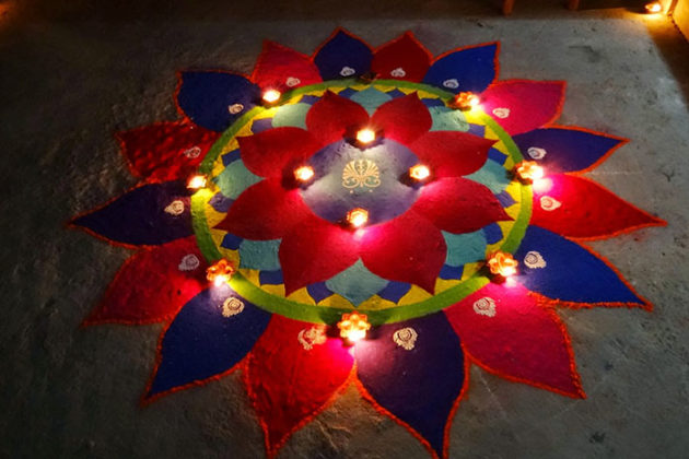 diya-rangoli-for-diwali-04
