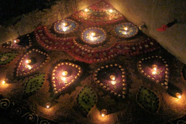 diya-rangoli-for-diwali-07