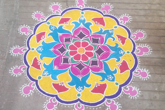 dot-rangoli-designs-for-diwali-11