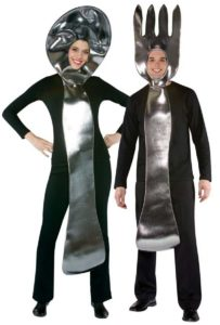 funny-halloween-couple-costume